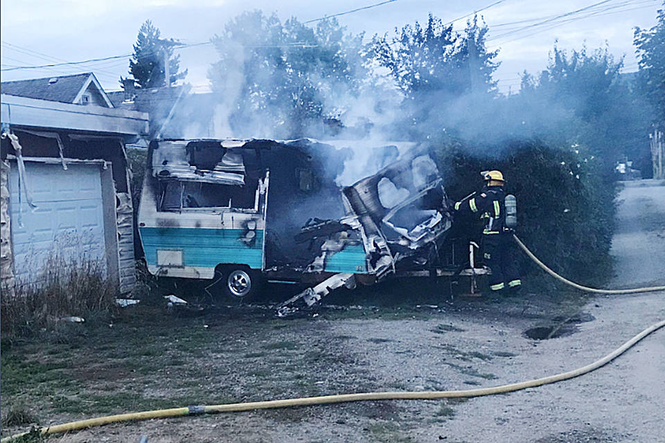 Fire destroys mysterious travel trailer in Port Alberni alley